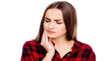 20 Cara Mengatasi Sakit Gigi yang Ampuh dan Aman, Simak Langkahnya